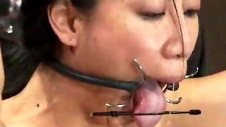 bdsm, squirting, strapon